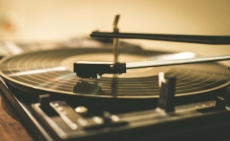 Best Crosley Record Player to Buy in 2020